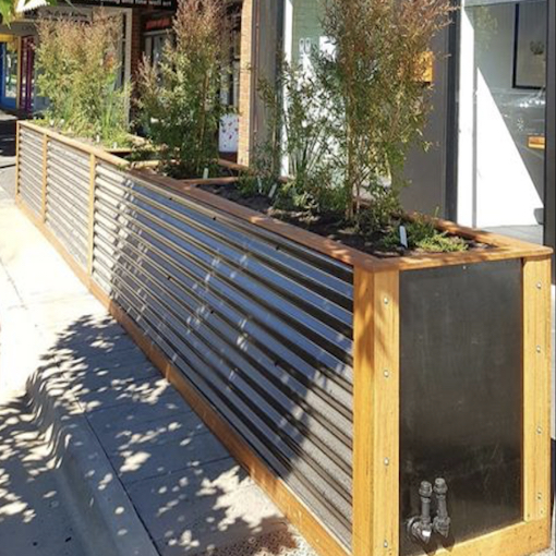 Wicking bed planters give new life to Bendigo CBD